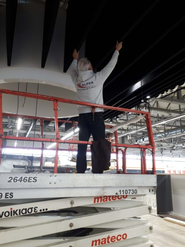 εγκατάσταση ακουστικών πλαιισίων οροφής