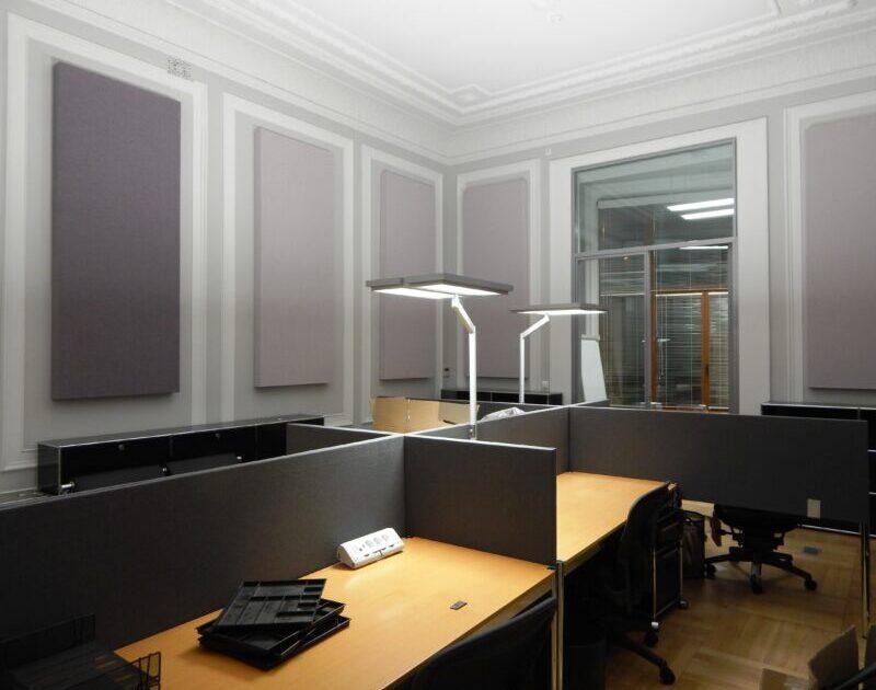 διαχωριστικά γραφείων που βελτιώνουν την ακουστική του χώρου