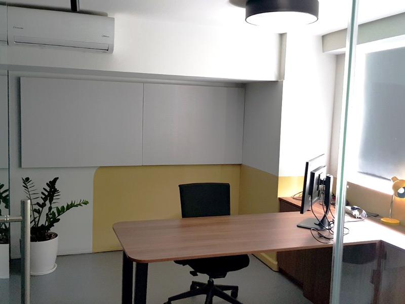 ακουστικό πλαίσιο γραφείο