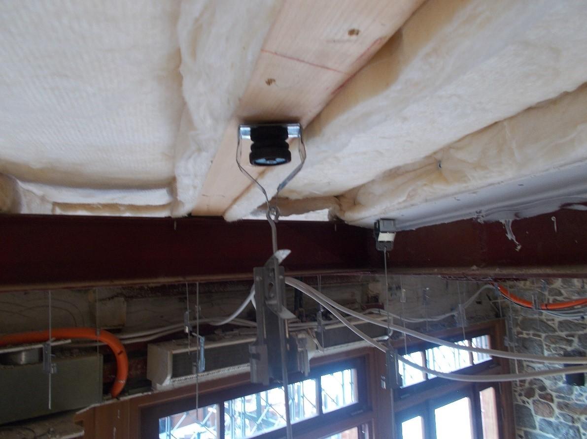 ceiling insulation hanger